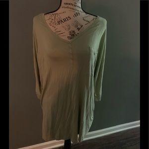 Plus size 2xl 3/4 sleeve top